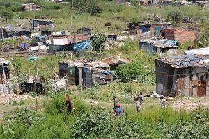 Estiman que unos 2,5 millones de argentinos cayeron bajo la línea de pobreza en 2018