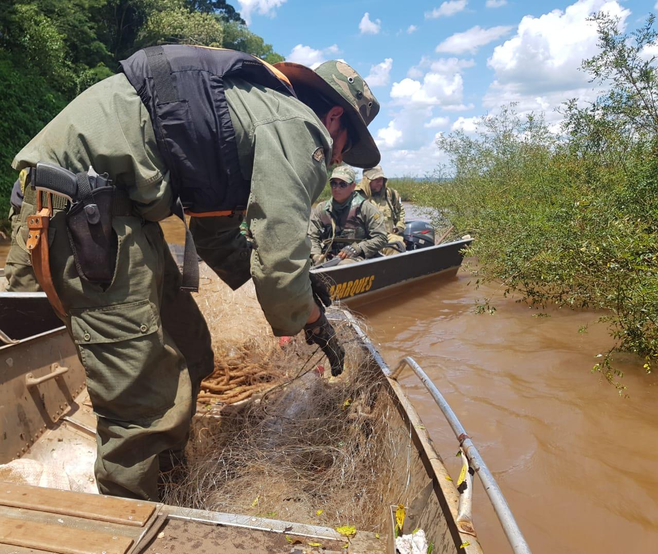 """Culminó con éxito el operativo """"Sábalo"""" realizado por Ecología en el río Uruguay"""