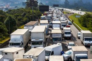 Paritarias: Camioneros recibirán un aumento del 26% semestral