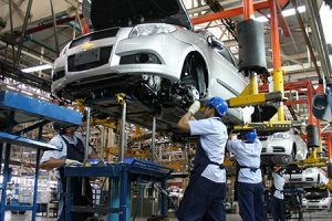 La industria automotriz tuvo el peor diciembre de la década y operó con casi el 80% de capacidad instalada ociosa