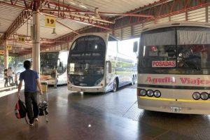 Prorrogan la suspensión del transporte interurbano