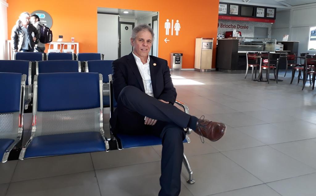 """Entrevista de Economis al CEO de Flybondi: """"Queremos saber qué política aerocomercial quiere Alberto Fernández"""""""