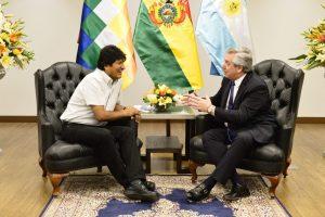 Alberto Fernández se reunió con Evo Morales y hoy lo hará con el Presidente de Perú