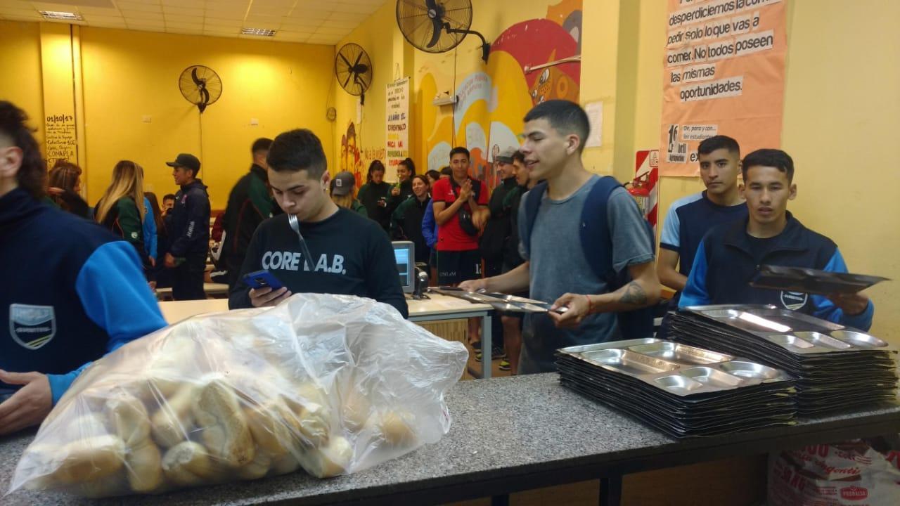 La UNaM garantiza la atención en todos sus comedores con donación del alimentos por parte del Gobierno provincial