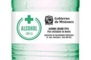 La industria al servicio de la crisis: Aguas Misioneras fabricó 20.000 botellas para distribuir alcohol