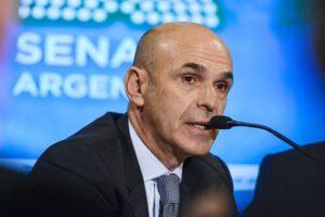 Arribas fue al Congreso a dar explicaciones sobre su presunto vínculo con Odebrecht