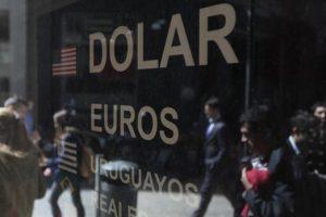 El dólar alcanzó un nuevo máximo histórico ayer y la perspectiva es que siga recuperando terreno