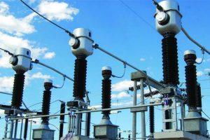 Por baja demanda en comercios y hogares, el consumo de electricidad cayó 5,4%