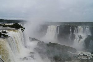 Iguazú y El Soberbio tienen reservas completas para Semana Santa