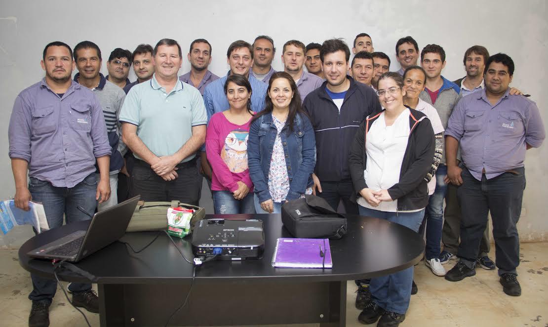 Capacitaron al personal de Aguas Misioneras en buenas prácticas de manufactura
