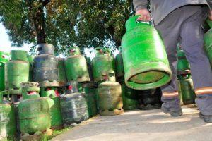 La garrafa aumenta mañana a $140, pero suben también el subsidio que paga Anses
