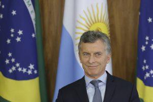 Macri viaja a Paraná para visitar una fábrica y un laboratorio