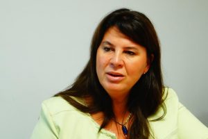 Senadores exigen conocer la estructura de costos de los combustibles en Argentina