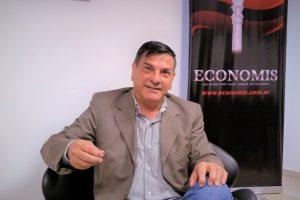 Lenguaza propone sistema de impuestos dinámico y progresivo