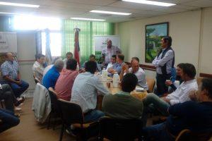 El ministro Garay y las asociaciones tabacaleras se reunieron para aunar criterios y reclamar los fondos del FET