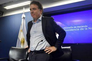 """Macri pone a Dujovne como """"super ministro"""" coordinador para cumplir con las futuras metas del FMI"""