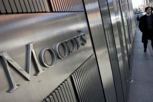 """Moody's advierte: """"Mayor percepción de riesgo para activos argentinos"""""""