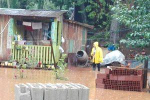 En Oberá asisten a damnificados por las lluvias