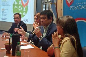 Losada presentó las iniciativas para optimizar el marco jurídico en gestión ambiental en Posadas