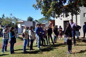 Estudiantes de turismo harán prácticas como guías en el Cementerio La Piedad