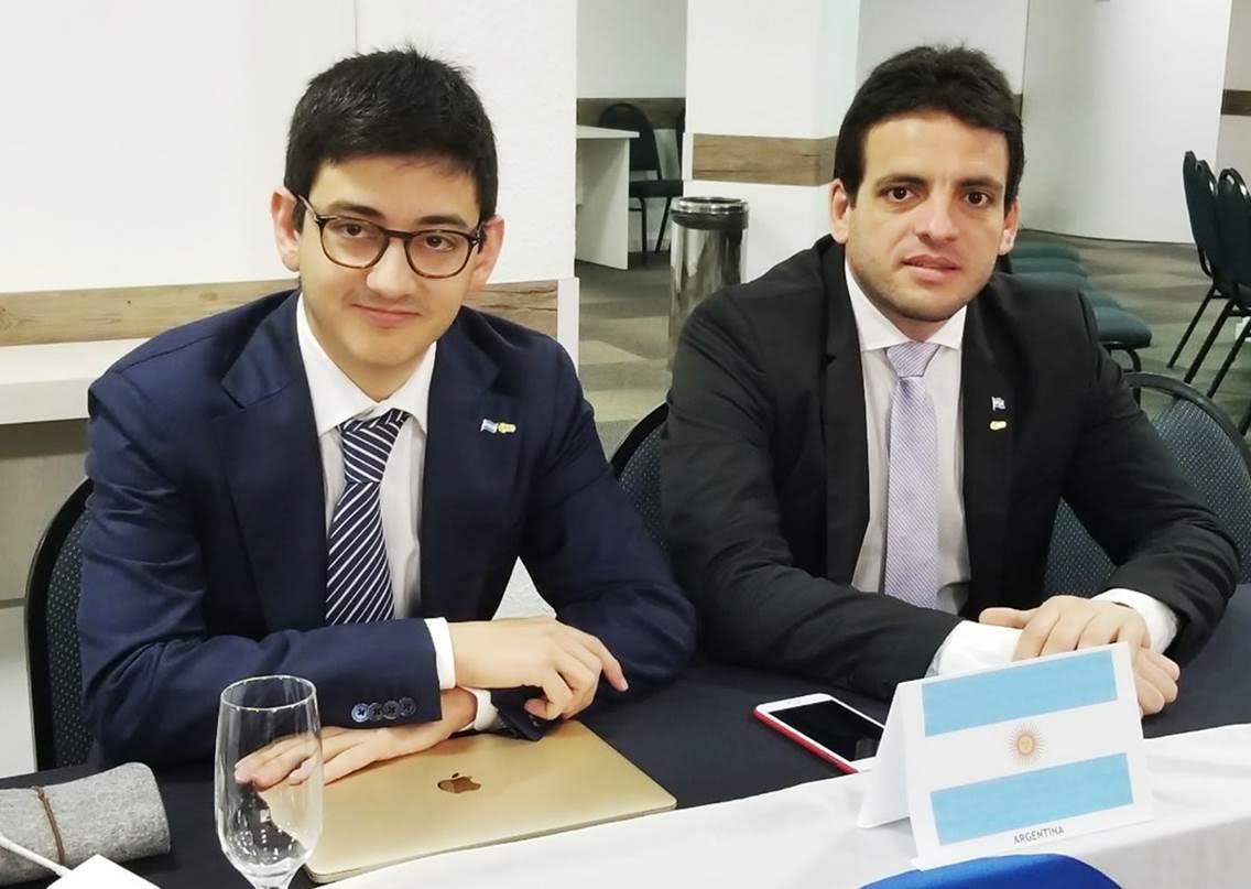 Bruno Sanguinetti junto a Fabián Zarza, el presidente de CAME Joven