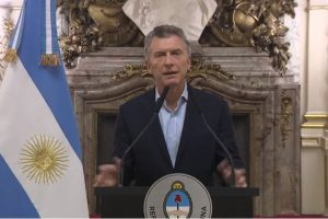 Macri anunció que Argentina volverá a pedir créditos al FMI