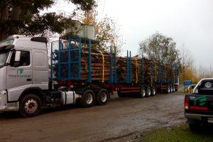 Arauco y Camioneros: en Misiones se firmó el primer acuerdo del país de camiones bitrenes