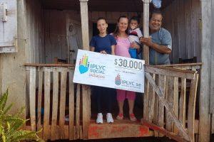 Ganadora de IPLyC Inclusivo usará el dinero para techar su casa