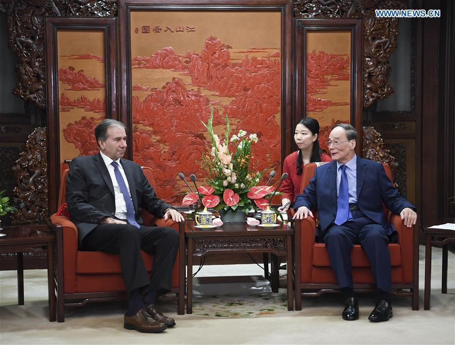 Schiavoni se reunió con el Vicepresidente de China