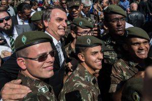 El New York Times advierte sobre el riesgo del retorno de los militares en Brasil