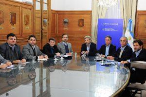Safrán se reunió con Frigerio y Dujovne para analizar el impacto del recorte que impone Nación