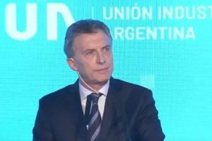"""Macri dice """"tener claro el camino"""" para salir de la """"tormenta"""" económica"""