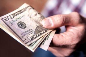 Dólar cerca de los $40, Riesgo País récord y desplome del Merval
