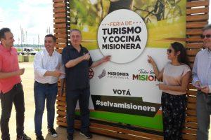 Passalacqua recorrió las instalaciones de la Feria de Turismo y Cocina Misionera