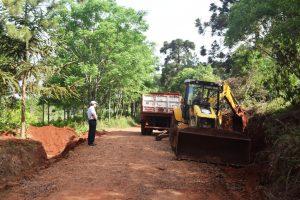 Campo Viera: Aplican nuevas técnicas para mantenimientos de caminos terrados ycuidado del medio ambiente