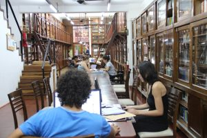 """Ribeiro saldó parte de la deuda con la Biblioteca Popular, pero todavía falta y piden """"que la empresa no especule"""""""