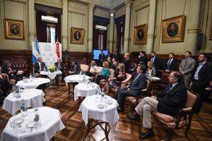 Schiavoni participó de la Gala en el Colón y de reuniones paralelas al G20
