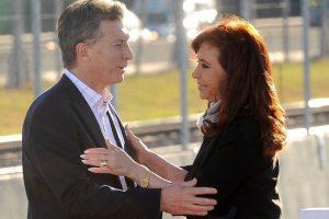 """Encuestas: para Poliarquia CFK es la que más """"gusta"""" y para Taquion el 61,5% quiere que cambie el gobierno"""