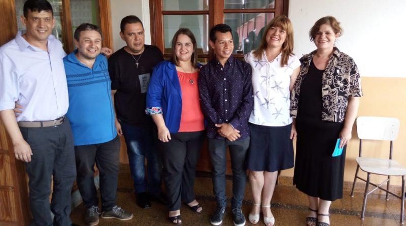 Se recibió el primer profesor de Lengua y literatura Mbya Guaraní de Pozo Azul