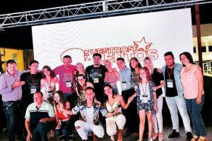 """Alan Ruiz, ganador de """"Nuestros Talentos"""" en San Vicente"""