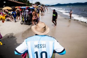 Cayó a la mitad el cruce de argentinos hacia las playas de Florianopolis