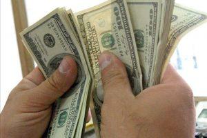Fuerte rebote del dólar por apreciación global y a pesar de la tasa récord
