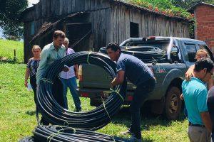 Entregaron insumos a productores de San Pedro