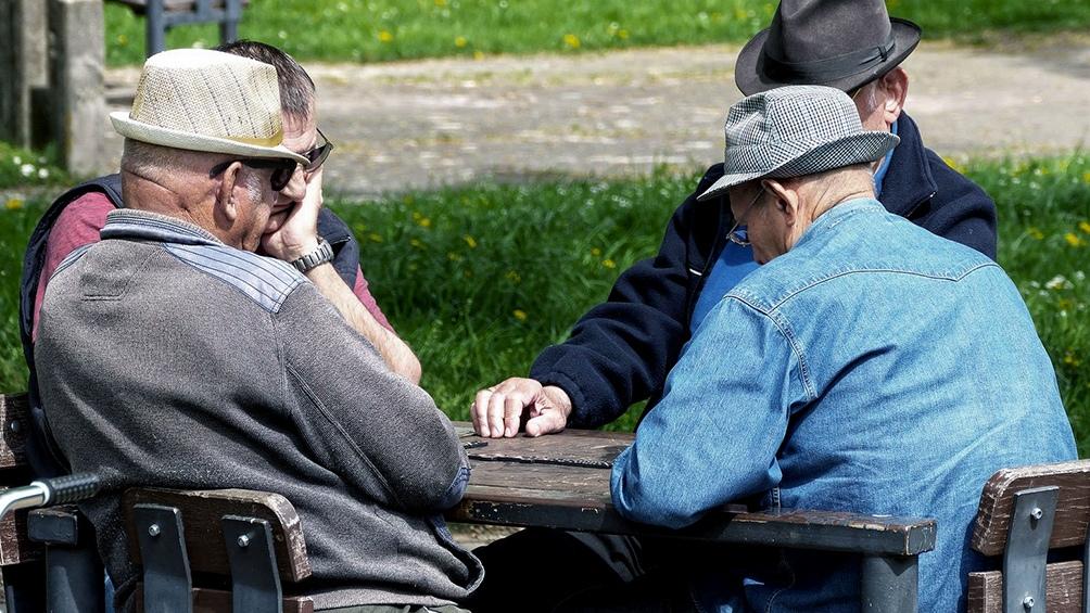 Apoderados de jubilados deben registrar su huella digital antes del 30 de junio