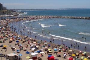El 80% de los residuos en las playas bonaerenses son plásticos