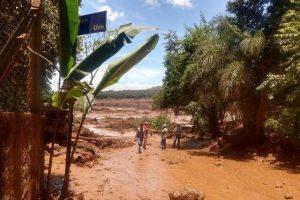 Colapsó una represa en Brasil: Hay varios muertos y 200 desaparecidos