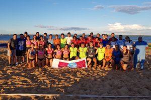 A puro sol, se disputó el primer torneo de beach handball