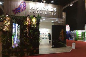 Feria del Libro: Reciben material de autores misioneros editados en 2018
