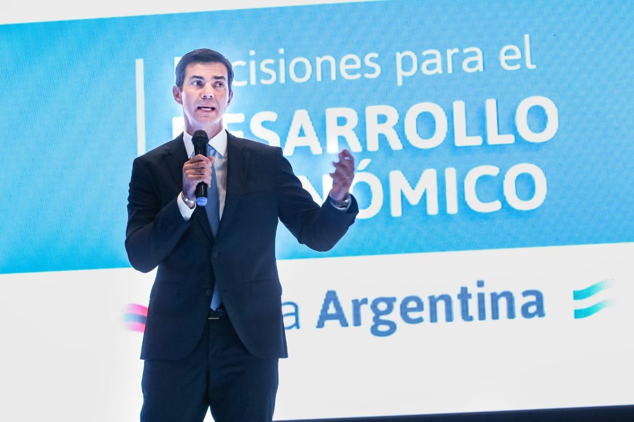 """Urtubey: """"Garantizamos la presencia activa del Estado en este momento difícil que vivimos los argentinos"""""""