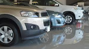 La venta de autos cayó 42,7% en 2019, su nivel más bajo desde 2006